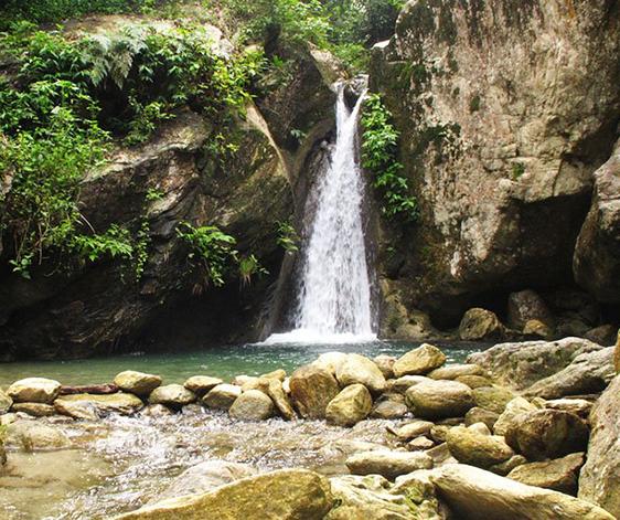 talipanan-waterfalls-amami-1